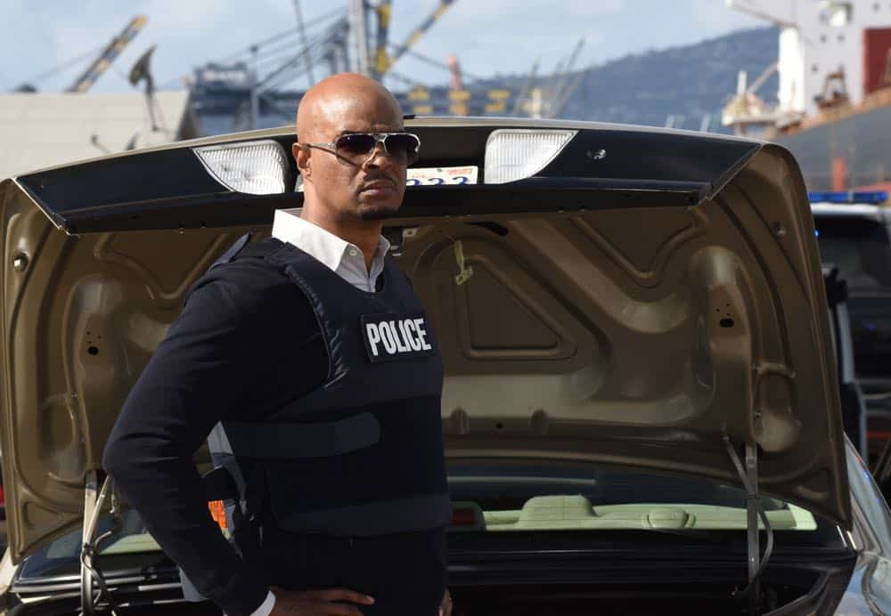 "LETHAL WEAPON: Damon Wayans in the ""Frankie Comes to Hollywood"" episode of LETHAL WEAPON airing Tuesday, April 10 (8:00-9:00 PM ET/PT) on FOX. ©2018 Fox Broadcasting Co. CR: Ray Mickshaw/FOX"