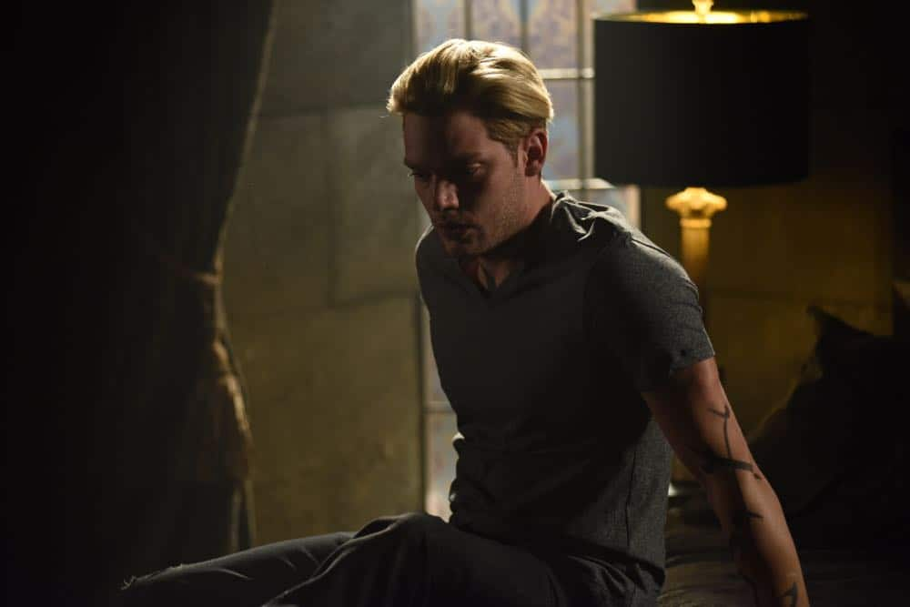 """SHADOWHUNTERS - """"Thy Soul Instructed"""" - Jace's concerns grow about his mental state and turns to Luke for information on his family's past. Clary and Izzy go after a rogue vampire and Simon hunts for a new apartment. This episode of """"Shadowhunters"""" airs Tuesday, April 10 (8:00 - 9:00 p.m. EDT) on Freeform. (Freeform/John Medland) DOMINIC SHERWOOD"""