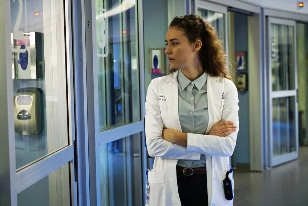 """CHICAGO MED -- """"Devil in Disguise"""" Episode 315 -- Pictured: Rachel DiPillo as Sarah Reese -- (Photo by: Elizabeth Sisson/NBC)"""