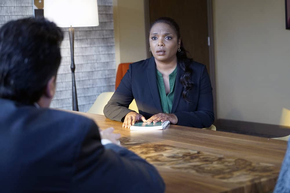 """CHICAGO MED -- """"Devil in Disguise"""" Episode 315 -- Pictured: Marlyne Barrett as Maggie Lockwood -- (Photo by: Elizabeth Sisson/NBC)"""