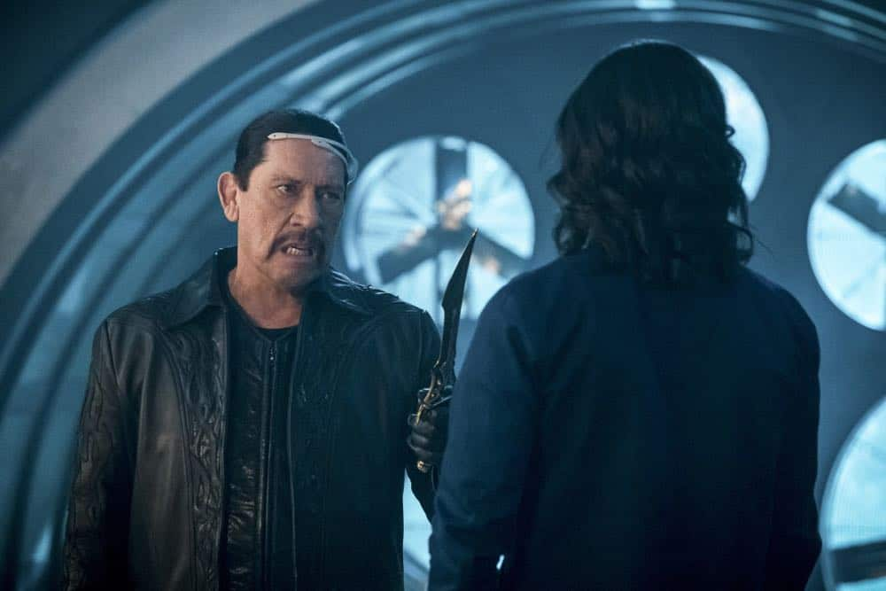 """The Flash -- """"Null and Annoyed"""" -- Image Number: FLA417a_0140b.jpg -- Pictured (L-R): Danny Trejo as Breacher and Carlos Valdes as Cisco Ramon -- Photo: Katie Yu/The CW -- © 2018 The CW Network, LLC. All rights reserved"""