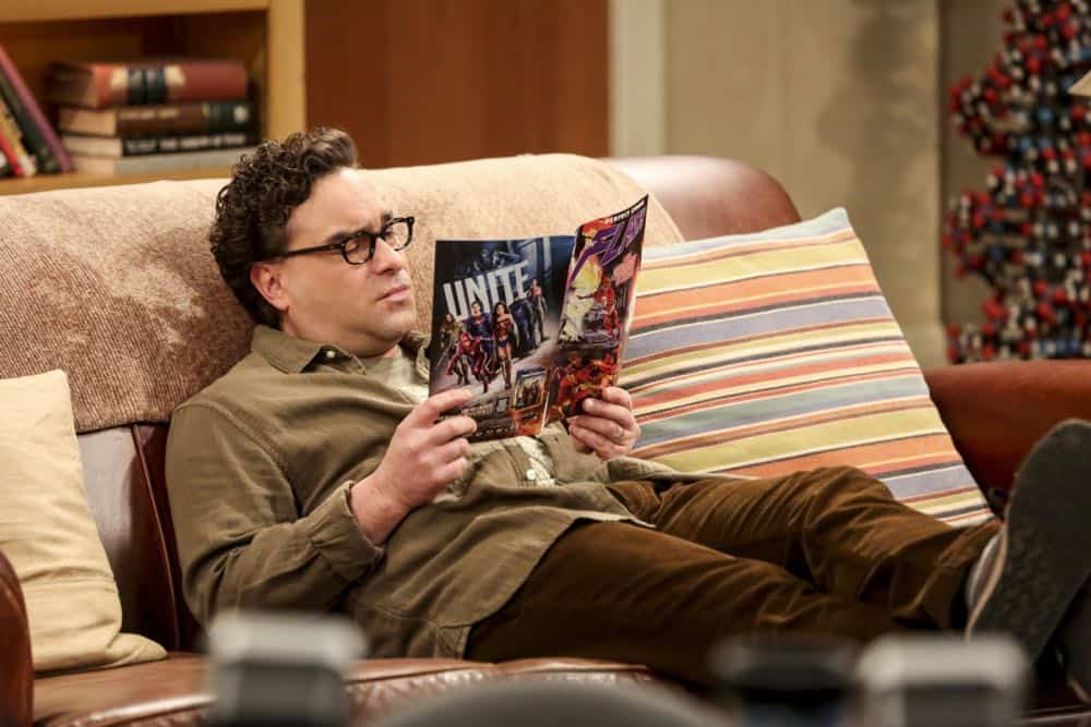 """""""The Comet Polarization"""" - Pictured: Leonard Hofstadter (Johnny Galecki). Sheldon's comic book store experience changes when writer Neil Gaiman puts Stuart's store on the map.  Also, Koothrappali takes credit for Penny's astronomical discovery and friendships are threatened, on THE BIG BANG THEORY, Thursday, April 19 (8:00-8:31 PM, ET/PT), on the CBS Television Network. Photo: Michael Yarish/Warner Bros. Entertainment Inc. © 2018 WBEI. All rights reserved."""