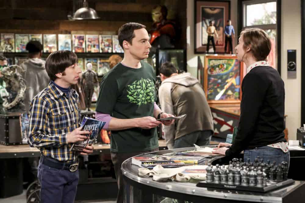 """""""The Comet Polarization"""" - Pictured: Howard Wolowitz (Simon Helberg) and Sheldon Cooper (Jim Parsons). Sheldon's comic book store experience changes when writer Neil Gaiman puts Stuart's store on the map.  Also, Koothrappali takes credit for Penny's astronomical discovery and friendships are threatened, on THE BIG BANG THEORY, Thursday, April 19 (8:00-8:31 PM, ET/PT), on the CBS Television Network. Photo: Michael Yarish/Warner Bros. Entertainment Inc. © 2018 WBEI. All rights reserved."""