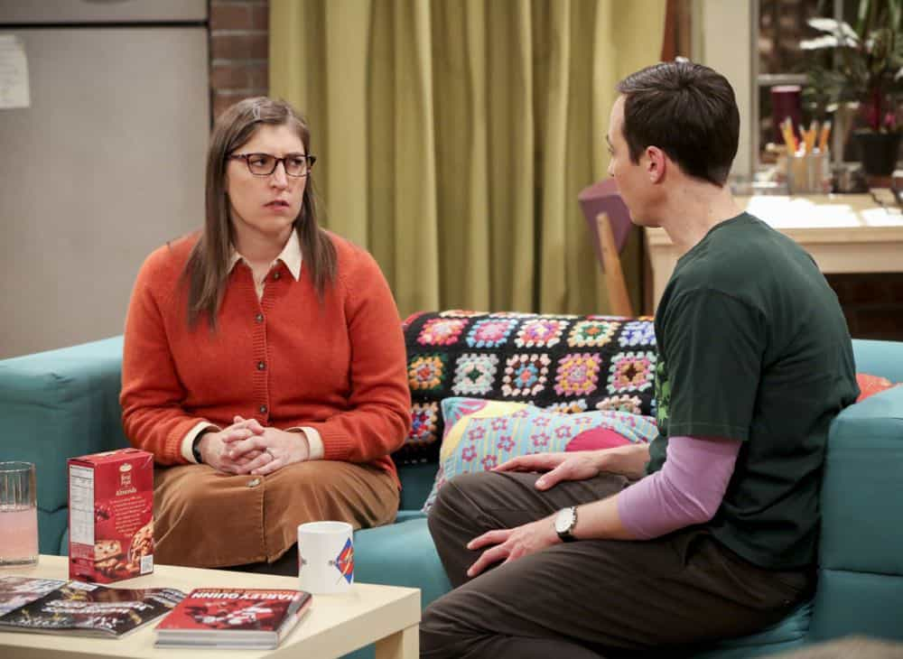 """""""The Comet Polarization"""" - Pictured: Amy Farrah Fowler (Mayim Bialik) and Sheldon Cooper (Jim Parsons). Sheldon's comic book store experience changes when writer Neil Gaiman puts Stuart's store on the map.  Also, Koothrappali takes credit for Penny's astronomical discovery and friendships are threatened, on THE BIG BANG THEORY, Thursday, April 19 (8:00-8:31 PM, ET/PT), on the CBS Television Network. Photo: Michael Yarish/Warner Bros. Entertainment Inc. © 2018 WBEI. All rights reserved."""