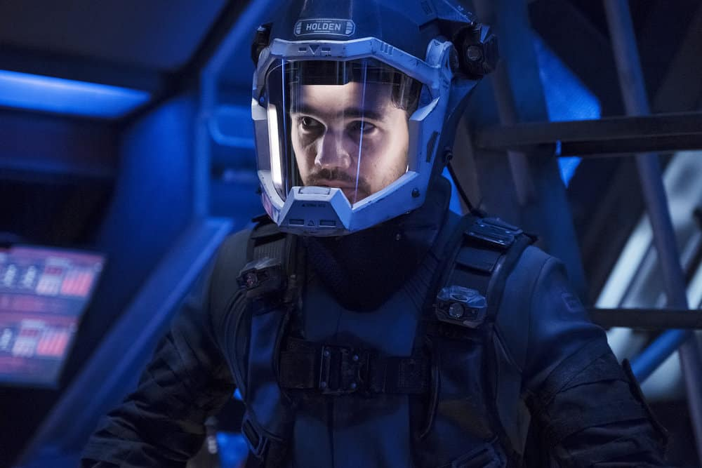 "THE EXPANSE -- ""Iff"" Episode 302 -- Pictured: Steven Strait as Earther James Holden -- (Photo by: Rafy/Syfy)"