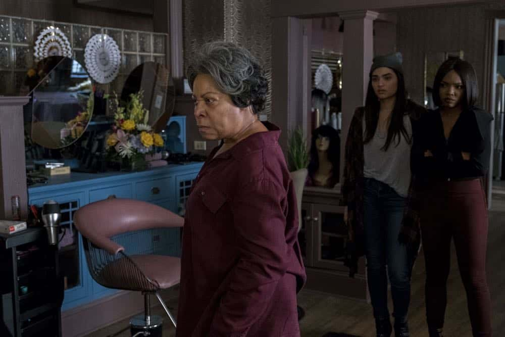 """STAR: L-R: Guest star Juanita Jennings, Brittany O'Grady and Ryan Destiny in the """"Forward (E)Motion"""" episode of STAR airing Wednesday, April 18 (9:00-10:00 PM ET/PT) on FOX. ©2018 Fox Broadcasting Co. CR: Wilford Harewood/FOX"""
