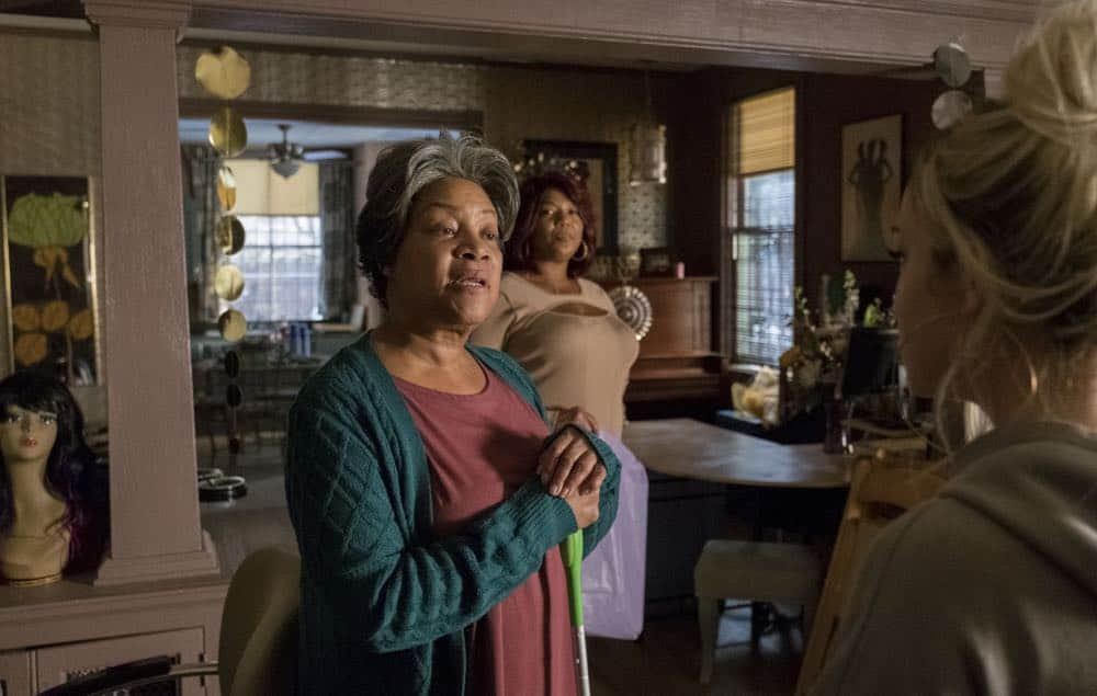 """STAR: L-R: Guest star Juanita Jennings, Queen Latifah and Jude Demorest in the """"Forward (E)Motion"""" episode of STAR airing Wednesday, April 18 (9:00-10:00 PM ET/PT) on FOX. ©2018 Fox Broadcasting Co. CR: Wilford Harewood/FOX"""