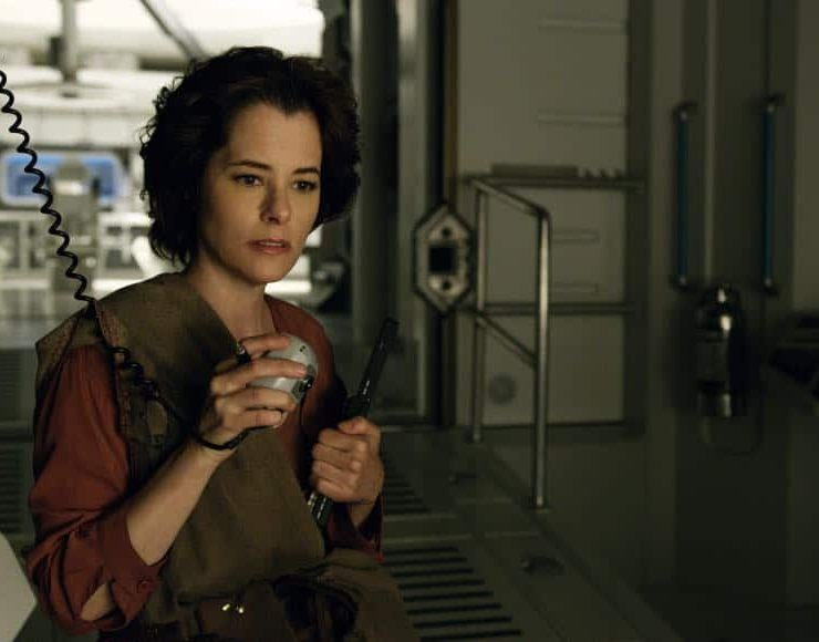 Parker-Posey-Lost-In-Space