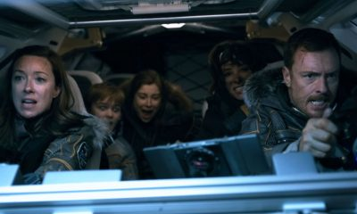 Molly Parker, Max Jenkins, Mina Sundwall, Parker Posey, Toby Stephens LOST IN SPACE
