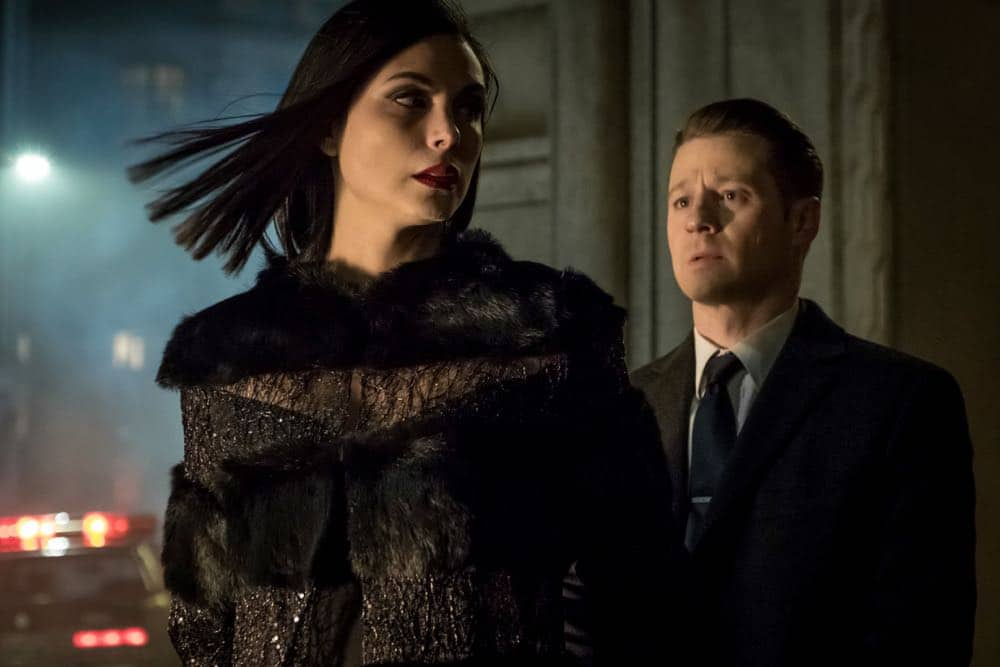 "GOTHAM: L-R: Morena Baccarin and Ben McKenzie in the ""A Dark Knight: To Our Deaths and Beyond"" episode of GOTHAM airing Thursday, April 19 (8:00-9:00 PM ET/PT) on FOX. ©2018 Fox Broadcasting Co. Cr: FOX"