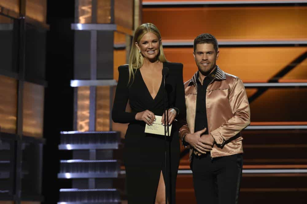 Nancy O'Dell and Dustin Lynch present at the 53RD ACADEMY OF COUNTRY MUSIC AWARDS, live from the MGM Grand Garden Arena in Las Vegas Sunday, April 15, 2018 at 8:00 PM ET/PT on CBS.  Photo: Michele Crowe/CBS ©2018 CBS Broadcasting, Inc. All Rights Reserved