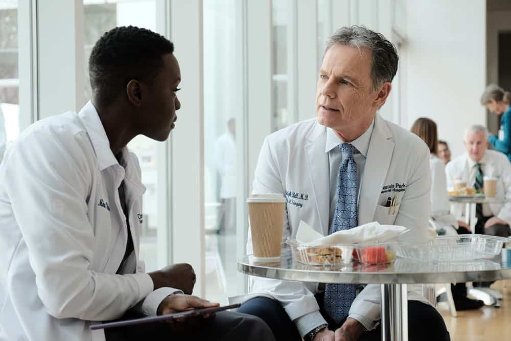 "THE RESIDENT: L-R: Shaunette Renée Wilson and Bruce Greenwood in the ""And the Nurses Get Screwed…"" episode of THE RESIDENT airing Monday, April 23 (9:00-10:00 PM ET/PT) on FOX. ©2018 Fox Broadcasting Co. Cr: Guy D'Alema/FOX"