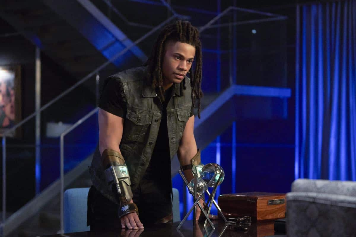 "Black Lightning -- "" Shadow of Death: The Book of War"" -- Image BLK113c_0061b.jpg -- Pictured: Jordan Calloway as Khalil/Painkiller -- Photo: Bob Mahoney/The CW -- © 2018 The CW Network, LLC. All rights reserved"