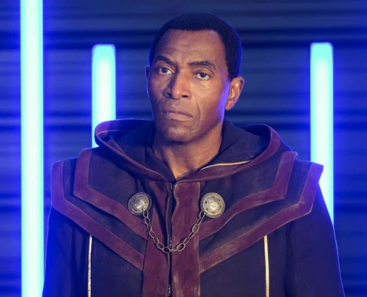 """Supergirl -- """"In Search of Lost Time"""" -- Image Number: SPG315a_0144.jpg -- Pictured: Carl Lumbly as Myr'nn J'onzz -- Photo: Robert Falconer/The CW -- © 2018 The CW Network, LLC. All Rights Reserved."""