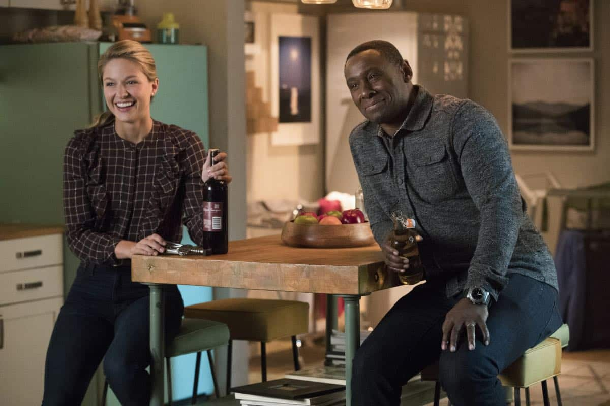 """Supergirl -- """"In Search of Lost Time"""" -- Image Number: SPG315b_0398.jpg -- Pictured (L-R): Melissa Benoist as Kara/Supergirl and David Harewood as Hank/J'onn -- Photo: Jack Rowand/The CW -- © 2018 The CW Network, LLC. All Rights Reserved."""