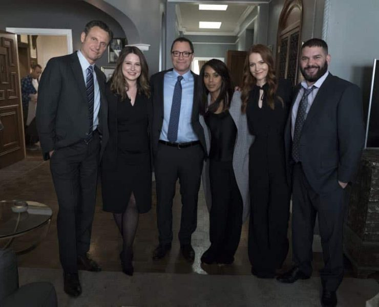 """SCANDAL - """"Over A Cliff"""" - The highly anticipated series finale of the groundbreaking series, """"Scandal,"""" receives a momentous send-off, beginning with an exclusive sneak peek at the final episode on """"Good Morning America,"""" THURSDAY, APRIL 19 (7:00-9:00 a.m. EDT), on The ABC Television Network. (ABC/Eric McCandless) TONY GOLDWYN, KATIE LOWES, JOSHUA MALINA, KERRY WASHINGTON, DARBY STANCHFIELD, GUILLERMO DIAZ"""
