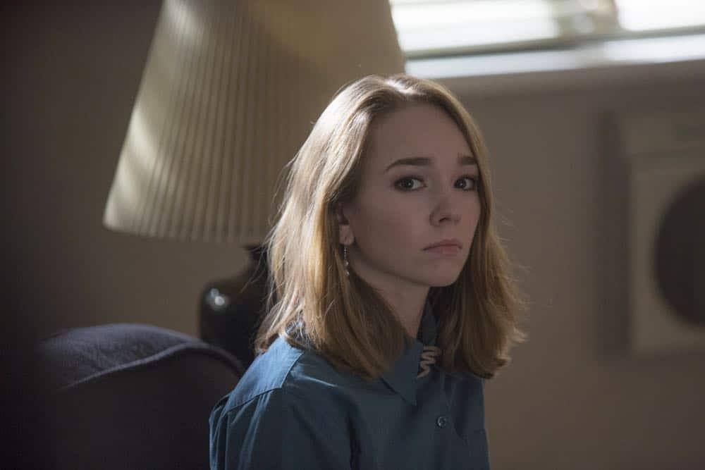 """THE AMERICANS -- """"The Great Patriotic War"""" -- Season 6, Episode 5 (Airs Wednesday, April 25, 10:00 pm/ep) -- Pictured: Holly Taylor as Paige Jennings. CR: Eric Liebowitz/FX"""