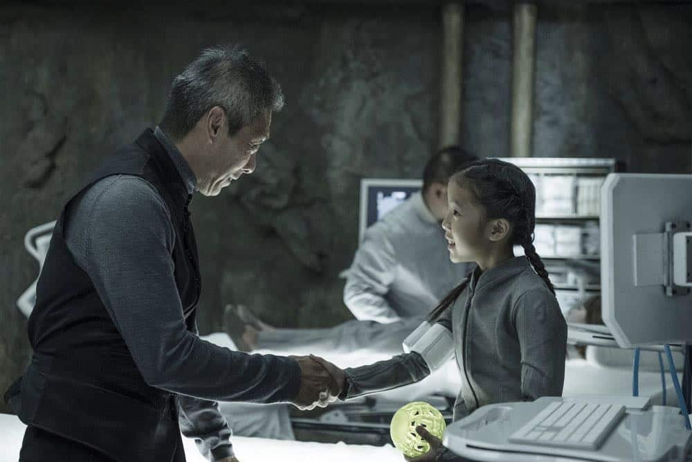 "THE EXPANSE -- ""Assured Destruction"" Episode 303 -- Pictured: (l-r) François Chau as Jules-Pierre Mao, Leah Madison Jung as Mei -- (Photo by: Rafy/Syfy)"