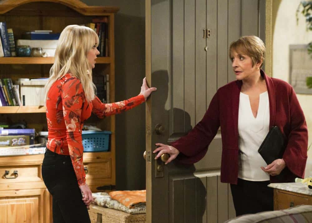 """A Taco Bowl and a Tubby Seamstress"" -- Christy is concerned that she and Bonnie might lose their apartment when Bonnie locks horns with the tough new building owner, Rita (Patti Lupone), on MOM, Thursday, April 26 (9:01-9:30 PM, ET/PT) on the CBS Television Network. Pictured L to R: Anna Faris as Christy and Patti Lupone as Rita. Photo: Richard Cartwright/CBS ©2018 CBS Broadcasting, Inc. All Rights Reserved"