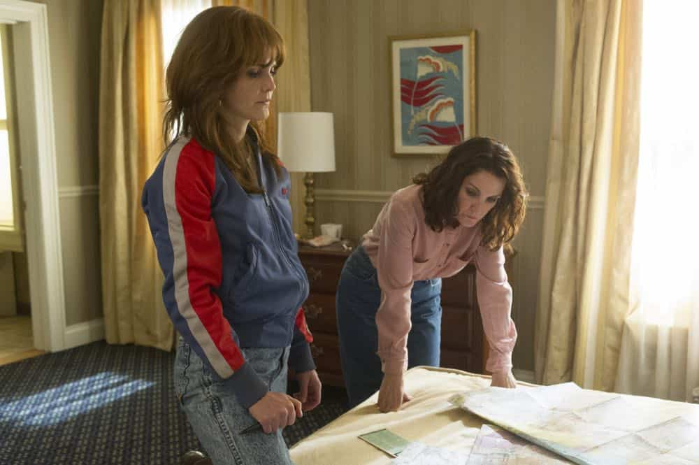 """THE AMERICANS -- """"Rififi"""" -- Season 6, Episode 6 (Airs Wednesday, May 2, 10:00 pm/ep) -- Pictured: (l-r) Keri Russell as Elizabeth Jennings, Amy Tribbey as Marilyn. CR: Jeffrey Neira/FX"""
