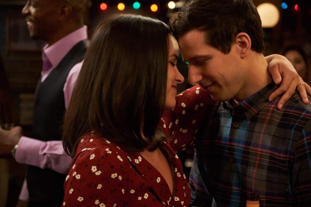 """BROOKLYN NINE-NINE: L-R: Melissa Fumero and Andy Samberg in the """"Bachelor/ette Party"""" episode of BROOKLYN NINE-NINE airing Sunday, April 29 (8:30-9:00 PM ET/PT) on FOX.CR: FOX"""