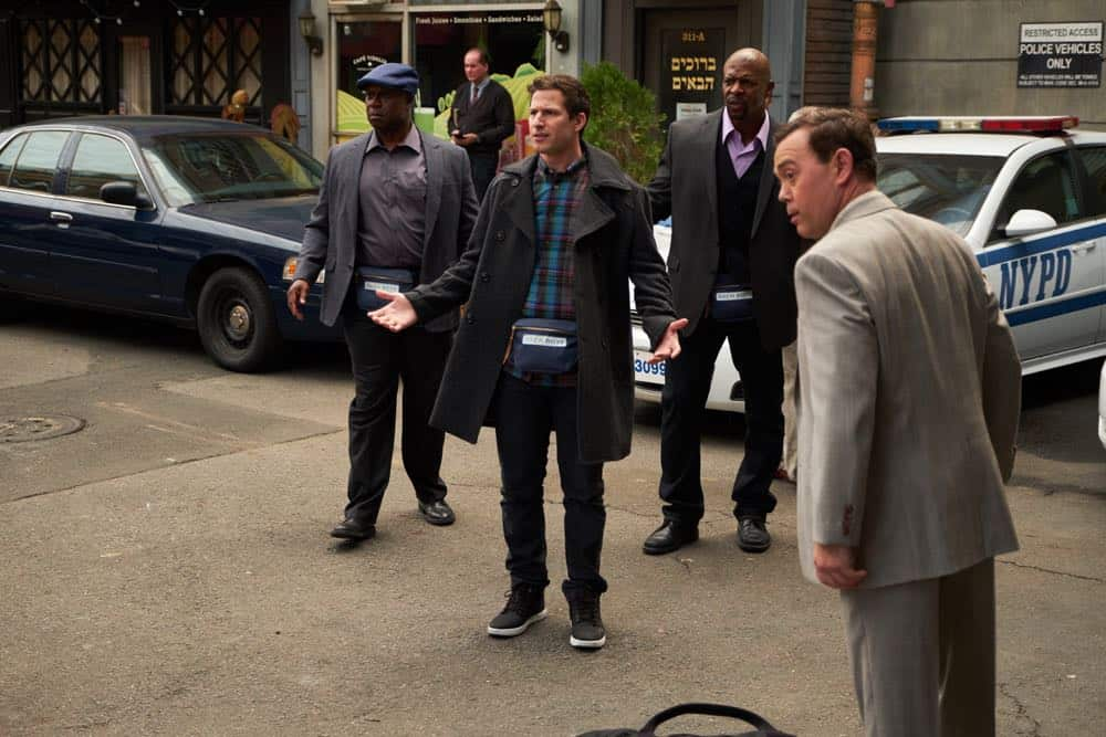 """BROOKLYN NINE-NINE: L-R: Andre Braugher, Andy Samberg, Terry crews and Joe Lo Truglio in the """"Bachelor/ette Party"""" episode of BROOKLYN NINE-NINE airing Sunday, April 29 (8:30-9:00 PM ET/PT) on FOX.CR: FOX"""