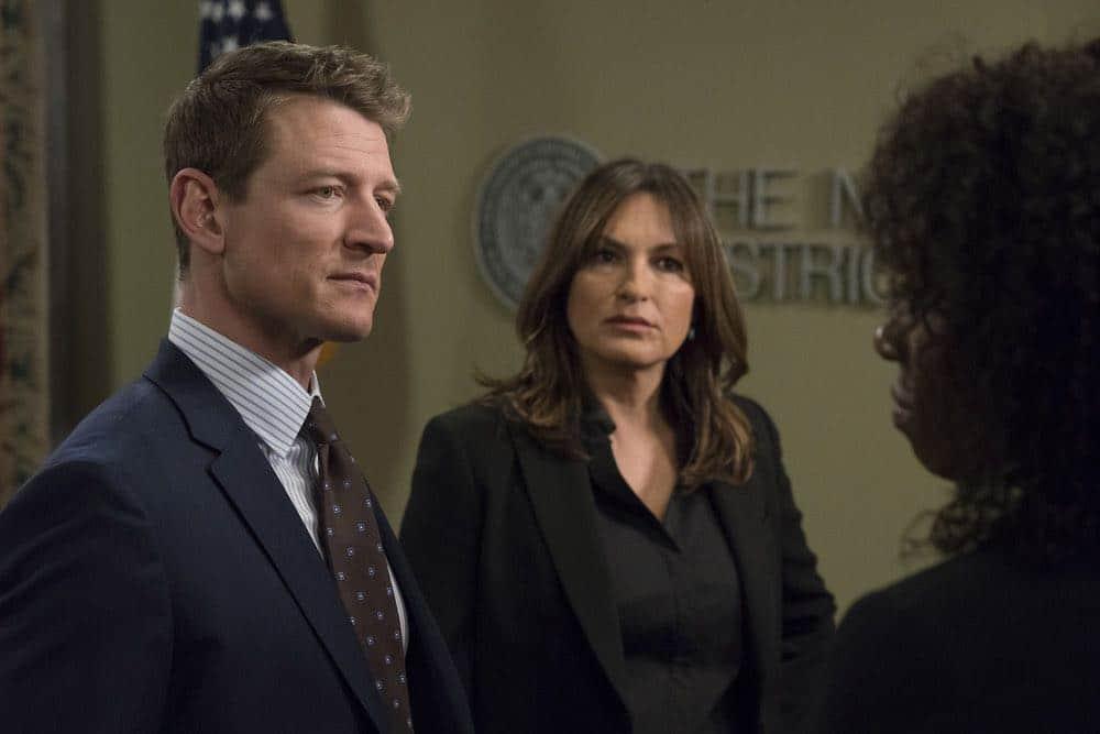 law order svu season 19 episode 21 photos guardian seat42f