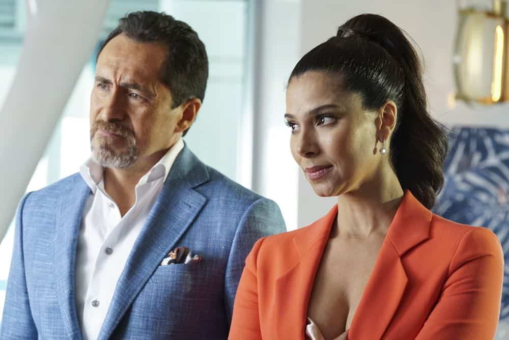 """GRAND HOTEL - """"Pilot"""" - Eva Longoria executive produces this bold, provocative drama set at the last family-owned hotel in multicultural Miami Beach. Charismatic Santiago Mendoza owns the hotel, while his glamorous second wife, Gigi, and their adult children enjoy the spoils of success. The hotel's loyal staff round out a contemporary, fresh take on an upstairs/downstairs story. Wealthy and beautiful guests bask in luxury, but scandals, escalating debt and explosive secrets hide beneath the picture-perfect exterior. The show is based on the Spanish series. (ABC/Eric McCandless) DEMIAN BICHIR, ROSELYN SANCHEZ"""