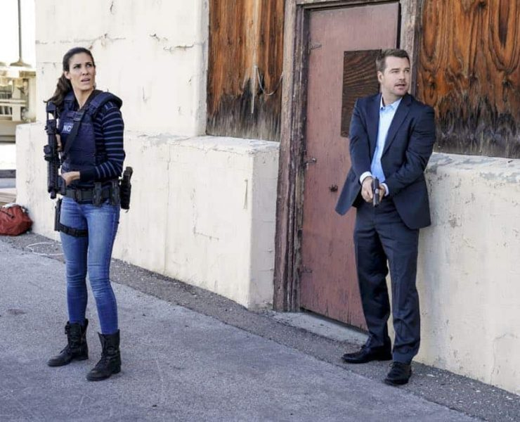 """A Line in the Sand"" and ""Ninguna Salida"" -- Pictured: Daniela Ruah (Special Agent Kensi Blye) and Chris O'Donnell (Special Agent G. Callen). Photo: Erik Voake/CBS ©2018 CBS Broadcasting, Inc. All Rights Reserved."