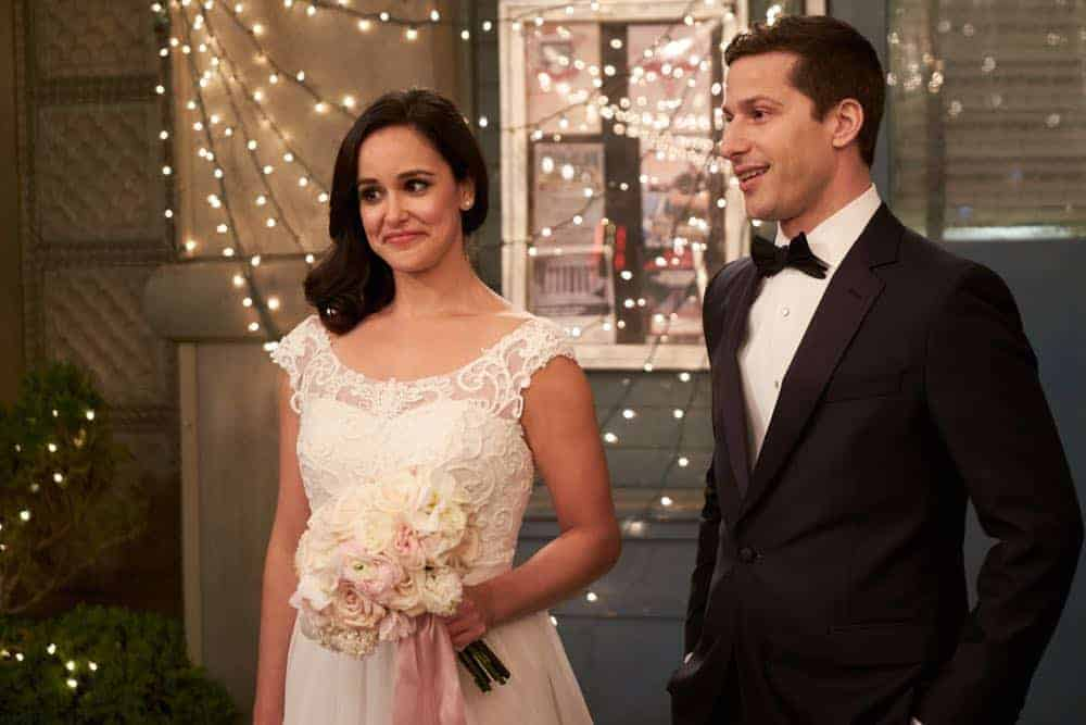BROOKLYN NINE-NINE Season 5 Episode 22 Photos Jake & Amy