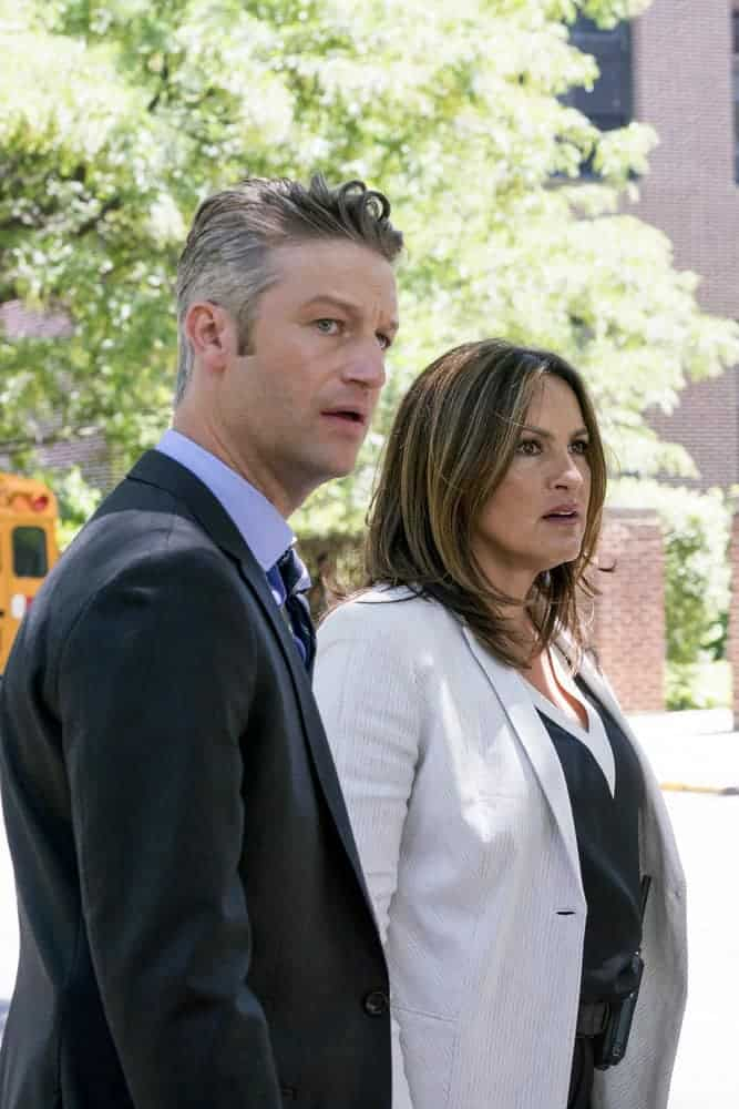 "LAW & ORDER: SPECIAL VICTIMS UNIT -- ""Man Up"" Episode 2001 -- Pictured: (l-r) -Peter Scanavino as Dominick ""Sonny"" Carisi, Mariska Hargitay as Lieutenant Olivia Benson - (Photo by: Barbara Nitke/NBC)"