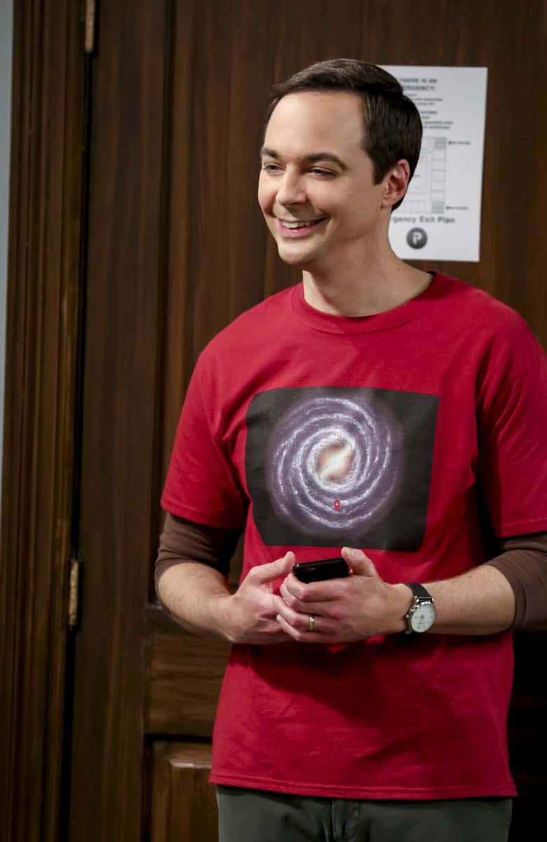 """The Conjugal Configuration"" - Pictured: Sheldon Cooper (Jim Parsons). Sheldon and Amy's honeymoon runs aground in New York, while Penny and Leonard discover they are uncomfortably similar to Amy's parents, Mr. and Mrs. Fowler (Teller and Kathy Bates). Also, Koothrappali insults physicist Neil deGrasse Tyson and starts a Twitter war, on the 12th season premiere of THE BIG BANG THEORY, on a special night, Monday, Sept. 24 (8:00-8:30 PM, ET/PT) on the CBS Television Network. Photo: Michael Yarish/Warner Bros. Entertainment Inc. © 2018 WBEI. All rights reserved."