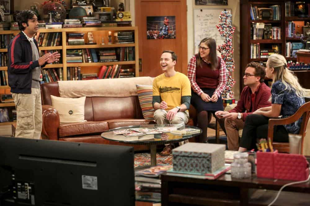 """The Wedding Gift Wormhole"" -- Pictured: Rajesh Koothrappali (Kunal Nayyar), Sheldon Cooper (Jim Parsons), Amy Farrah Fowler (Mayim Bialik), Leonard Hofstadter (Johnny Galecki) and Penny (Kaley Cuoco). Sheldon and Amy drive themselves crazy trying to figure out what ""perfect gift"" Leonard and Penny gave them for their wedding. Also, Koothrappali decides he wants to settle down and asks his father to arrange a marriage for him, on THE BIG BANG THEORY, when it moves to its regular time slot, Thursday, Sept. 27 (8:00-8:31 PM, ET/PT) on the CBS Television Network. Photo: Michael Yarish/CBS ©2018 CBS Broadcasting, Inc. All Rights Reserved."