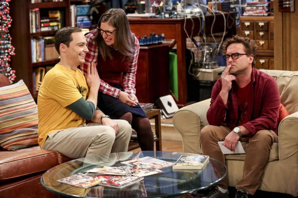 """The Wedding Gift Wormhole"" -- Pictured: Sheldon Cooper (Jim Parsons), Amy Farrah Fowler (Mayim Bialik), and Leonard Hofstadter (Johnny Galecki). Sheldon and Amy drive themselves crazy trying to figure out what ""perfect gift"" Leonard and Penny gave them for their wedding. Also, Koothrappali decides he wants to settle down and asks his father to arrange a marriage for him, on THE BIG BANG THEORY, when it moves to its regular time slot, Thursday, Sept. 27 (8:00-8:31 PM, ET/PT) on the CBS Television Network. Photo: Michael Yarish/CBS ©2018 CBS Broadcasting, Inc. All Rights Reserved."