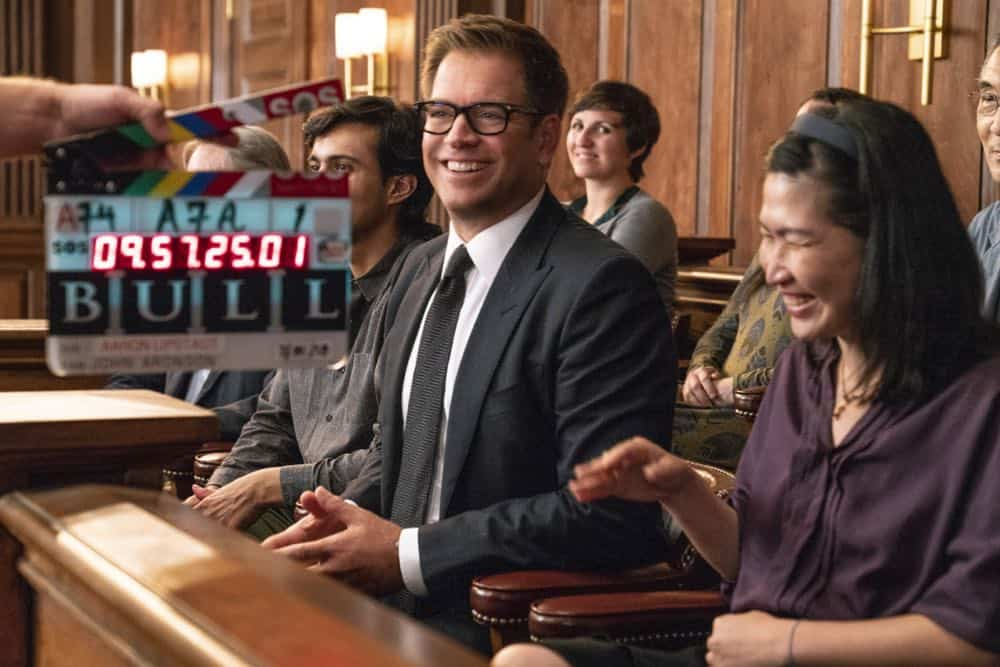 """Jury Duty""--Bull finds himself on the opposite side of voire dire when he must serve jury duty while simultaneously mounting a defense for a woman on trial for killing her daughter's murderer, on BULL, Monday, Oct. 1 (10:00-11:00 PM, ET/PT) on the CBS Television Network.   Pictured: Behind the scenes with Michael Weatherly Photo: David Giesbrecht/CBS ©2018 CBS Broadcasting, Inc. All Rights Reserved"