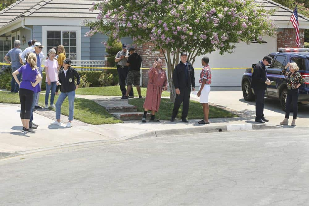 """Love Thy Neighbor"" - After a Navy lieutenant is found murdered in his hot tub, the team interviews several families in the victimÕs peculiar neighborhood. Also, Torres must face the consequences after a volatile night out with Palmer, on NCIS, Tuesday, Oct. 2 (8:00-9:00 PM, ET/PT) on the CBS Television Network.   Pictured:  Emily Wickersham, Mark Harmon.   Photo: Michael Yarish/CBS ©2018 CBS Broadcasting, Inc. All Rights Reserved"