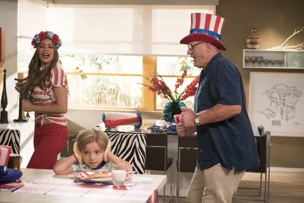 """MODERN FAMILY - """"I Love a Parade"""" - The Pritchett-Dunphy-Tucker clan are going to be setting off more than a few fireworks when they get together at the annual Fourth of July parade where Jay will be acting as the grand marshal. Meanwhile, Haley's goodbye with Arvin before his trip to Switzerland doesn't go as well as she pictured it and is distracted by the return of an old flame during the 10th season premiere, on """"Modern Family,"""" WEDNESDAY, SEPT. 26 (9:00-9:31 p.m. EDT), on The ABC Television Network. (ABC/Kelsey McNeal) SOFIA VERGARA, JEREMY MAGUIRE, ED O'NEILL"""