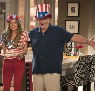 """MODERN FAMILY - """"I Love a Parade"""" - The Pritchett-Dunphy-Tucker clan are going to be setting off more than a few fireworks when they get together at the annual Fourth of July parade where Jay will be acting as the grand marshal. Meanwhile, Haley's goodbye with Arvin before his trip to Switzerland doesn't go as well as she pictured it and is distracted by the return of an old flame during the 10th season premiere, on """"Modern Family,"""" WEDNESDAY, SEPT. 26 (9:00-9:31 p.m. EDT), on The ABC Television Network. (ABC/Kelsey McNeal) SOFIA VERGARA, ED O'NEILL"""