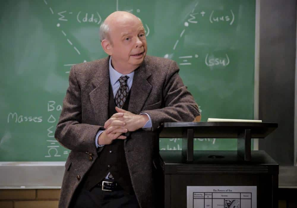 """A Rival Prodigy and Sir Isaac Neutron"" - Pictured:  Dr. John Sturgis. When Dr. Sturgis (Wallace Shawn) bonds with Paige (McKenna Grace), another ten year-old genius, Sheldon's jealousy leads Meemaw to intervene.  Also, Mary invites Paige's family over for a play date, when YOUNG SHELDON airs in its regular time slot, Thursday, Sept. 27 (8:31-9:01 PM, ET/PT) on the CBS Television Network. Photo: Darren Michaels/Warner Bros. Entertainment Inc. © 2018 WBEI. All rights reserved."
