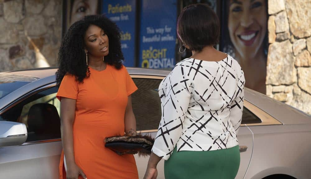 """STAR: L-R: Brandy Norwood and Queen Latifah in the """"Who's The Daddy"""" Season Three episode of STAR airing Wednesday, October 3 (9:00-10:00 PM ET/PT) on FOX. ©2018 Fox Broadcasting Co. CR: Wilford Harewood/FOX"""