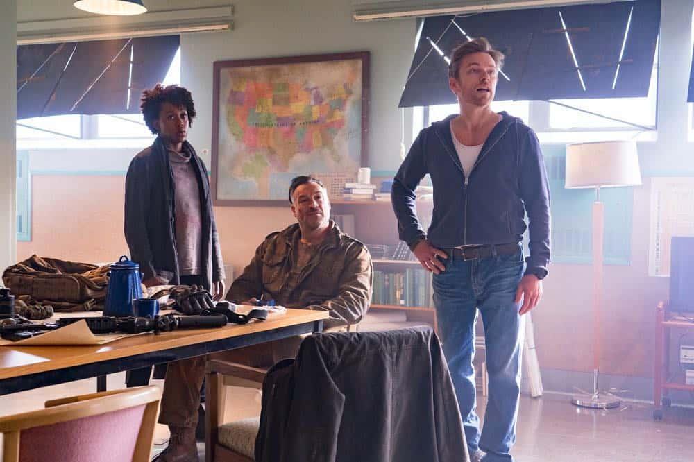 """VAN HELSING -- """"Fresh Tendrils"""" Episode 301 -- Pictured: (l-r) Rukiya Bernard as Doc, Aleks Paunovic as Julius, Jonathan Scarfe as Axel Miller -- (Photo by: Dan Power/Nomadic Pictures Inc./SYFY)"""