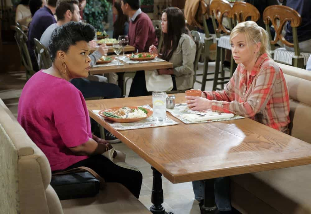 """Go-Go Boots and a Butt Cushion"" -- When Christy doesn't need Gambler's Anonymous anymore, Bonnie vehemently disagrees, on MOM, Thursday, date (9:01-9:31 PM, ET/PT) on the CBS Television Network. Pictured L to R: Yvette Nicole Brown as Nora and Anna Faris as Christy. Photo: Darren Michaels/Warner Bros. Entertainment Inc. © 2018 WBEI. All rights reserved."