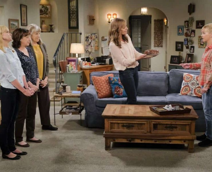 """""""Go-Go Boots and a Butt Cushion"""" -- When Christy doesn't need Gambler's Anonymous anymore, Bonnie vehemently disagrees, on MOM, Thursday, date (9:01-9:31 PM, ET/PT) on the CBS Television Network. Pictured L to R: Jaime Pressly as Jill, Beth Hall as Wendy, Mimi Kennedy as Marjorie, Allison Janney as Bonnie and Anna Faris as Christy. Photo: Darren Michaels/Warner Bros. Entertainment Inc. © 2018 WBEI. All rights reserved."""