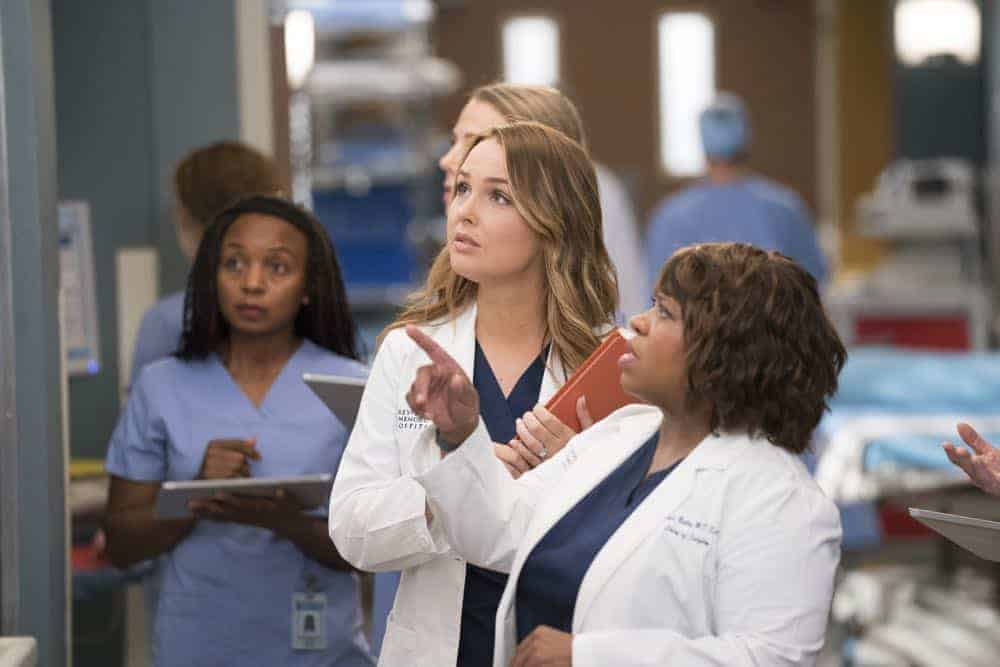 Greys Anatomy Season 15 Episode 3 Photos Gut Feeling Seat42f