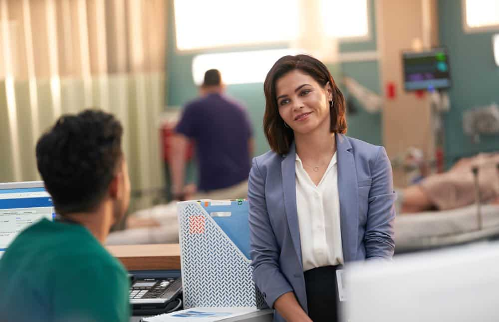 """THE RESIDENT:  Guest star Jenna Dewan in the """"Three Words"""" episode of THE RESIDENT airing Monday, Oct. 1 (8:00-9:00 PM ET/PT) on FOX. ©2018 Fox Broadcasting Co. Cr:  Bob Mahoney/FOX."""