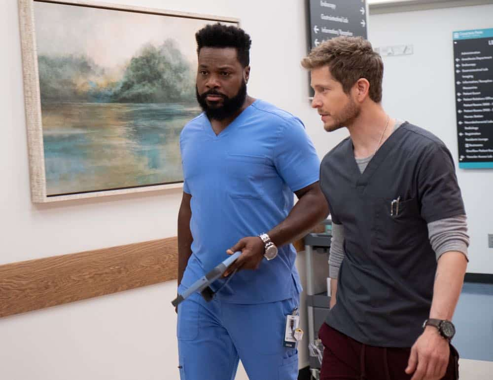 """THE RESIDENT: L-R:  Malcolm-Jamal Warner and Matt Czuchry in the """"Three Words"""" episode of THE RESIDENT airing Monday, Oct. 1 (8:00-9:00 PM ET/PT) on FOX. ©2018 Fox Broadcasting Co. Cr:  Erika Doss/FOX."""