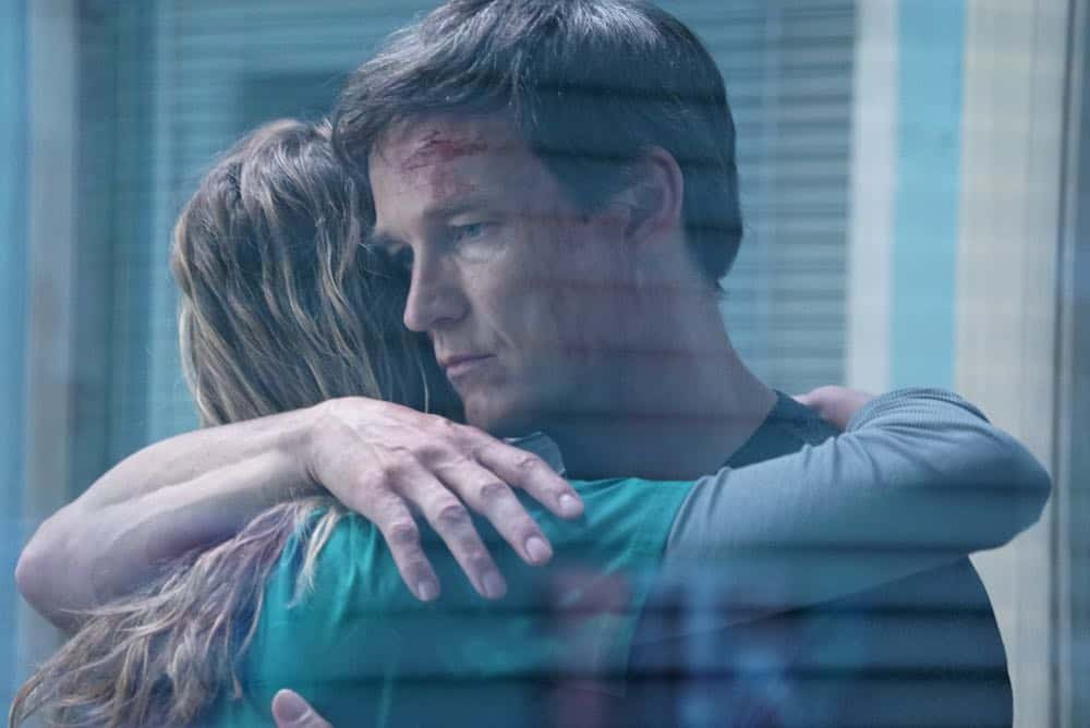 "THE GIFTED: L-R:  Amy Acker and Stephen Moyer in the ""coMplications"" episode of THE GIFTED airing Tuesday, Oct. 9 (8:00-9:00 PM ET/PT) on FOX. ©2018 Fox Broadcasting Co. Cr: Annette Brown/FOX."