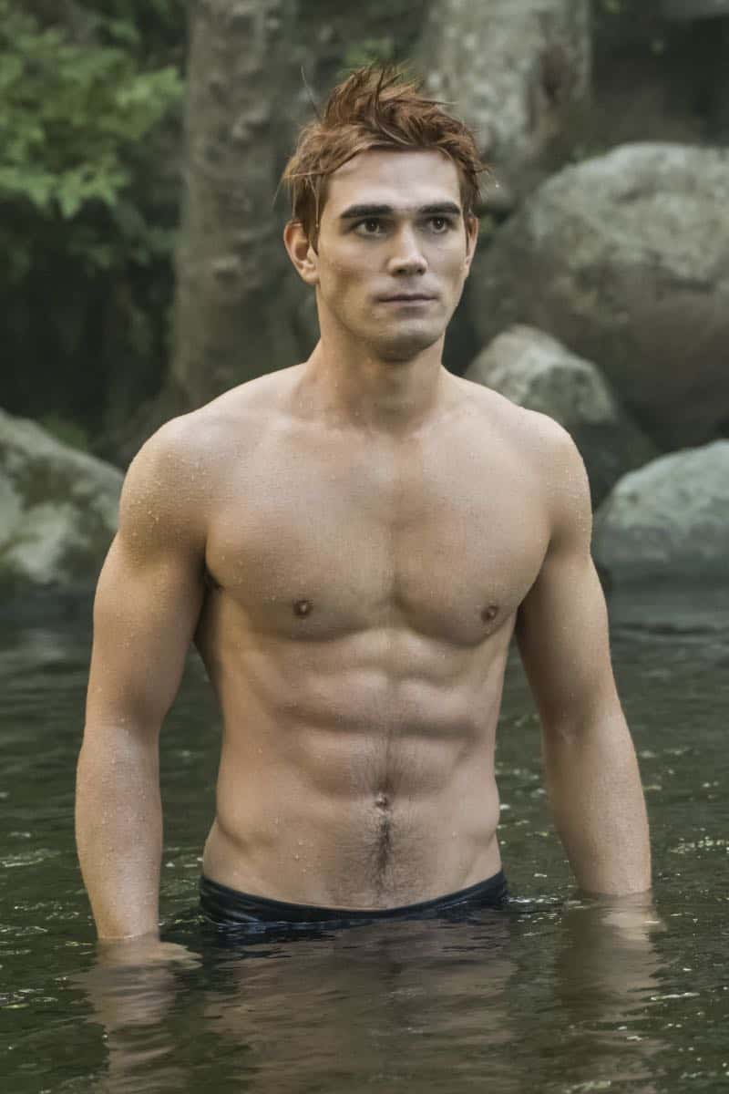 "Riverdale -- ""Chapter Thirty-Six: Labor Day"" -- Image Number: RVD301a_0158.jpg -- Pictured: KJ Apa as Archie -- Photo: Katie Yu/The CW -- © 2018 The CW Network, LLC. All Rights Reserved."