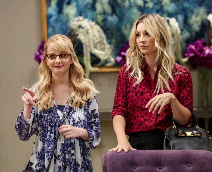 """""""The Tam Turbulence"""" -- Pictured: Bernadette (Melissa Rauch) and Penny (Kaley Cuoco). When Sheldon won't tell anyone why he's never mentioned Tam (Robert Wu), his childhood best friend, Leonard takes matters into his own hands. Also, Bernadette and Penny take out Raj's fiancée, Anu (Rati Gupta), for dinner to get the skinny on her, on THE BIG BANG THEORY, Thursday, Oct. 11 (8:00-8:31 PM, ET/PT) on the CBS Television Network. Jerry O'Connell returns as Sheldon's brother, George. Photo: Michael Yarish/CBS ©2018 CBS Broadcasting, Inc. All Rights Reserved."""