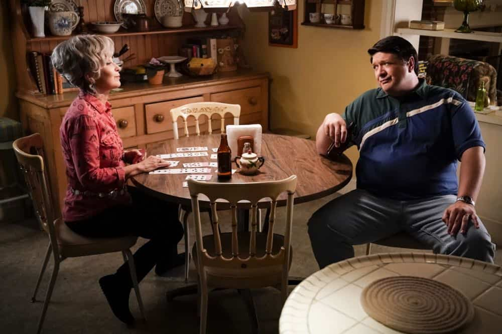 """A Financial Secret and Fish Sauce"" - Pictured: Meemaw (Annie Potts) and George Sr. (Lance Barber). When George Sr. asks Sheldon to keep a secret from Mary, the stress of not being honest drives Sheldon to hideout at Tam's for his first sleepover, on YOUNG SHELDON, Thursday, Oct. 11 (8:31-9:01 PM, ET/PT) on the CBS Television Network. Photo: Robert Voets/Warner Bros. Entertainment Inc. © 2018 WBEI. All rights reserved."